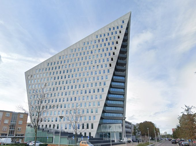 Zes ton verduisterd bij gemeente Den Haag https://t.co/WvnjNk9KM7 https://t.co/qIBavAEBuL