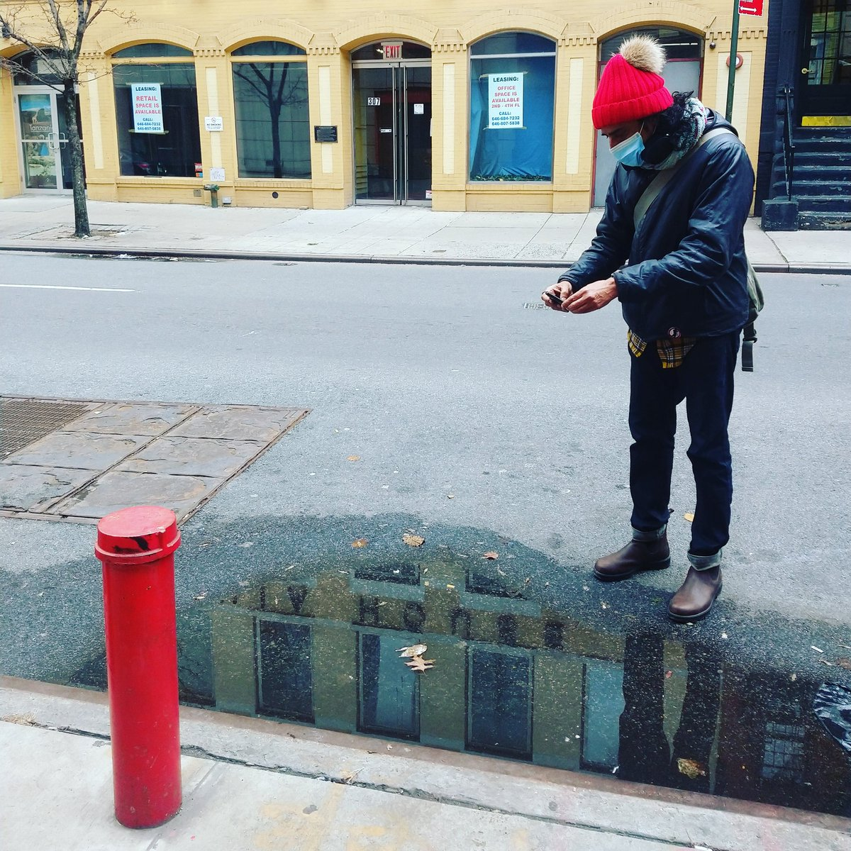For those of you on Instagram:  Check out my friend and artist Vijay Balakrishnan's extraordinary series called 'puddlesofmanhattan' [ig: @puddlesofmanhattan]. This was him last week when we hung out.      #nyc #streetphotography #manhattan