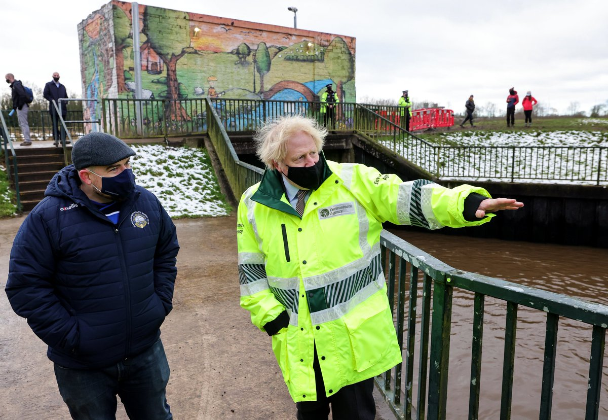 Today Prime Minister @BorisJohnson visited Didsbury to see how the @EnvAgency and the emergency services are working with local and national government to defend against flooding and support those who might be affected.