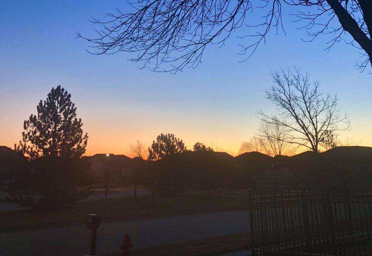 Fantastic here in Lincoln, Nebraska! 🌅 #SunriseCelebration #PeteButtigieg @PeteButtigieg
