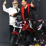 Image for the Tweet beginning: #ShahRukhKhan at the #Hero bikes