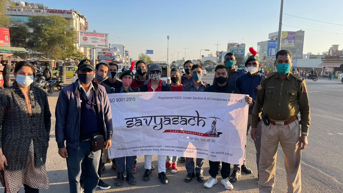 """""""We need you! Work Safely""""  #roadsafty #awareness activity on #youthday 2021 by #savyasachicarefoundation #volunteers with help of #government #official   #ngo #police #jaipur #rajasthan #india @PSKhachariyawas @nitin_gadkari @OfficeOfNG @PoliceRajasthan @RajCMO"""