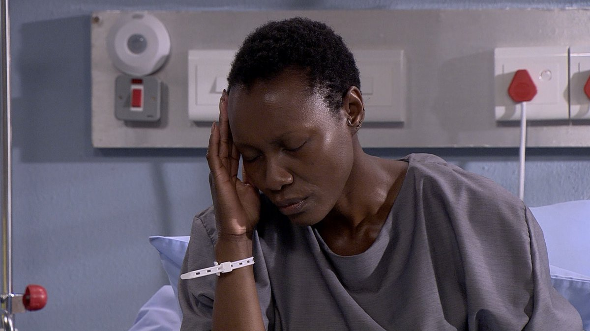 That painful moment when you remember everything your 'dead' son has warned you about. Ayeye  #etvScandal https://t.co/4ozmamfBea