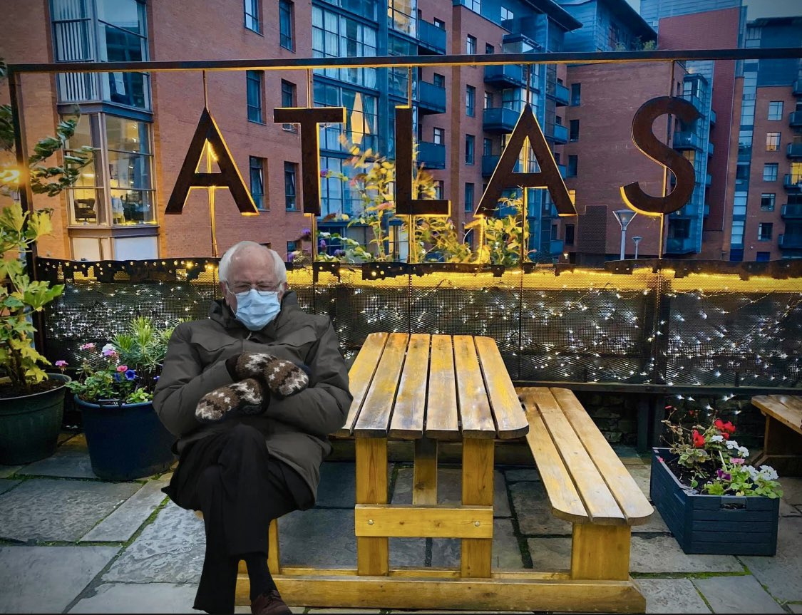 Bernie didn't need to get cold, waiting outside @TheAtlasBar, #Manchester!   He could have ordered his #gin from  🍸🎉