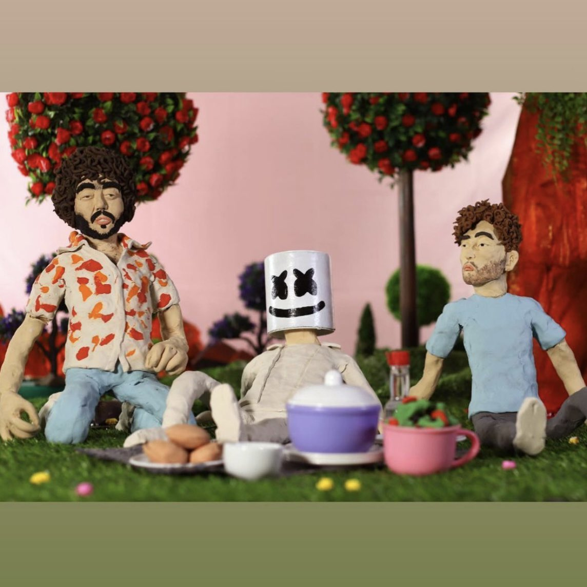 ever seen a man made of actual clay having a bbq with his friends?