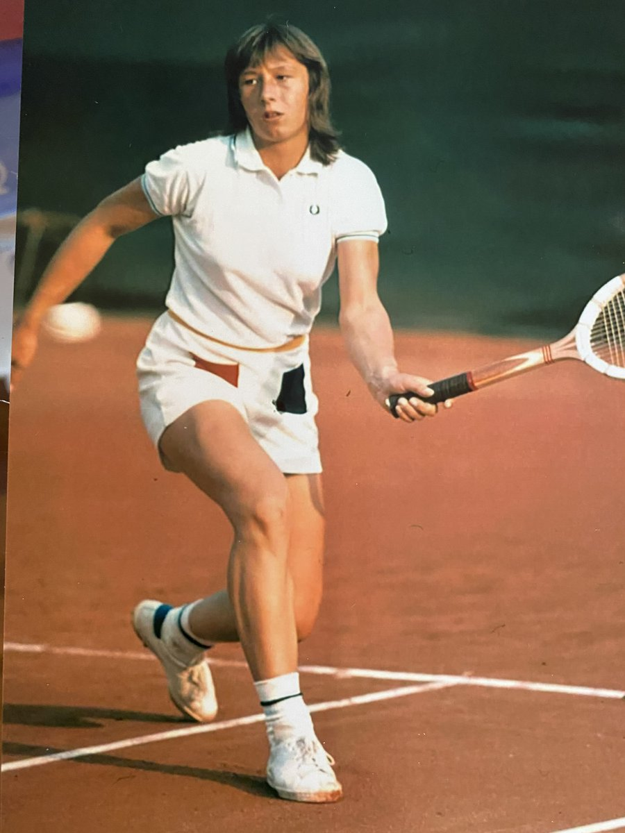 How classic is this? From 1973, old trusty Dunlop Maxply, Fred Perry shirt, Stan Smith shoes. Shorts I bought in a pro shop:)