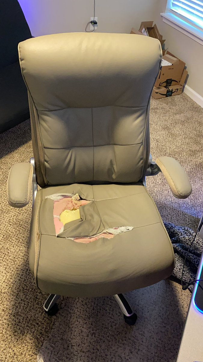 xLethal_Mercy - I'm in need of a new chair lol!