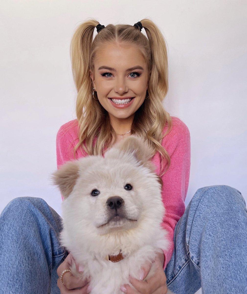 "Hi, I'm Demi Burnett, and you're watching ""I just got a puppy"" ✨💕"