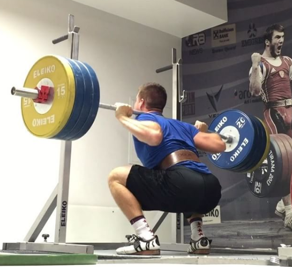 Lunges Vs Squats: Which Is Best For Strength?