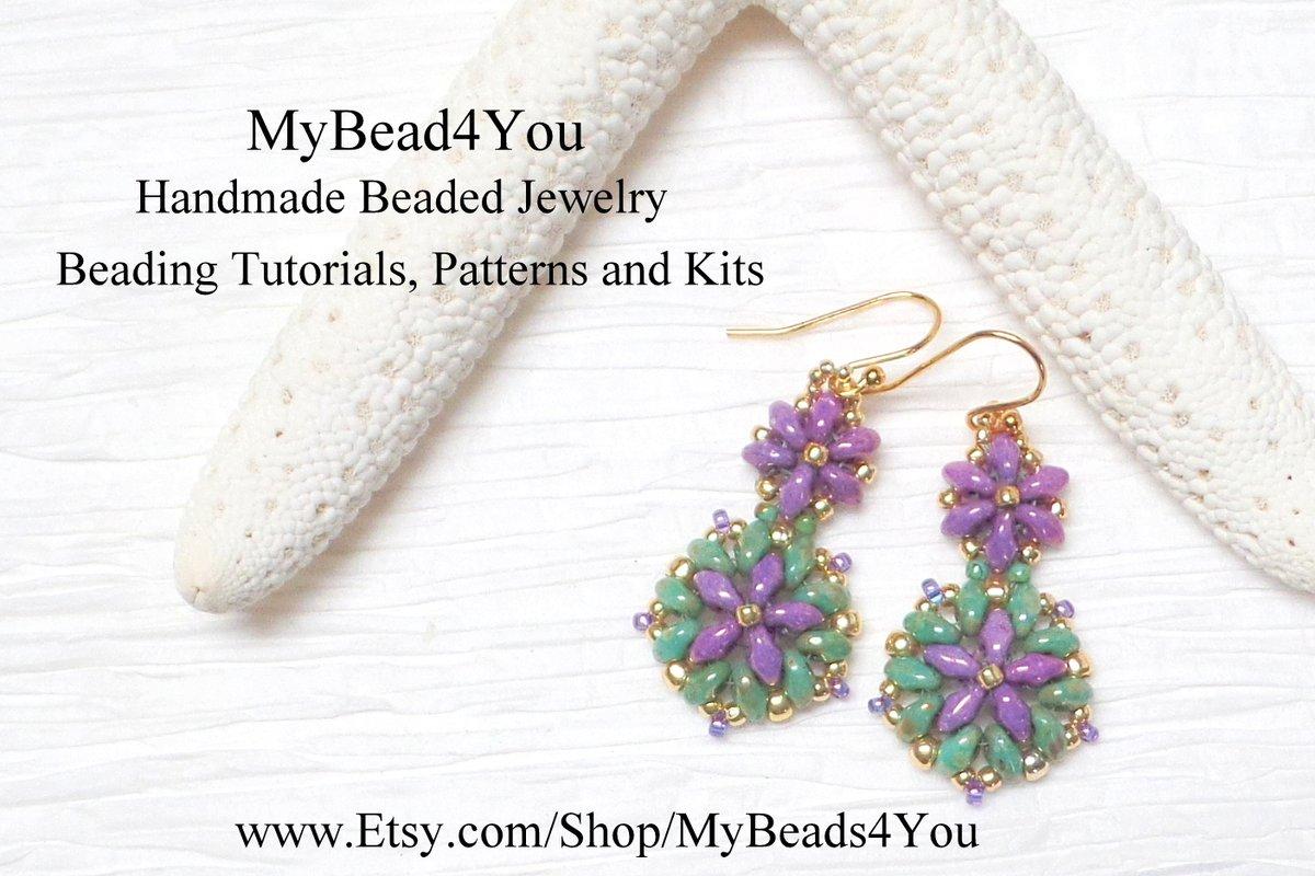 #beadedjewelry #gifts #tmtinsta #etsyfinds #epiconetsy #handmadejewelry #craftychaching #earrings  #etsymntt #etsyhandmade #bracelets #jewelryonetsy #necklaces #beadwork #tmtinsta  #crafts #jewelry #etsyshop #Handmade #diy #beading