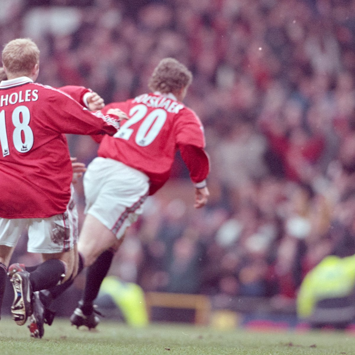 📅 #OnThisDay in 1999, we played Liverpool in the #FACup fourth round...  🏟️ The venue was Old Trafford, and look who bagged the winner! 😍  #MUFC