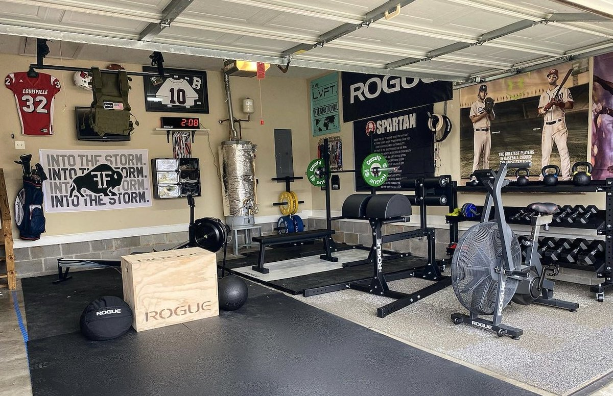 Garage gym courtesy of Vincent Bruington. #ryourogue