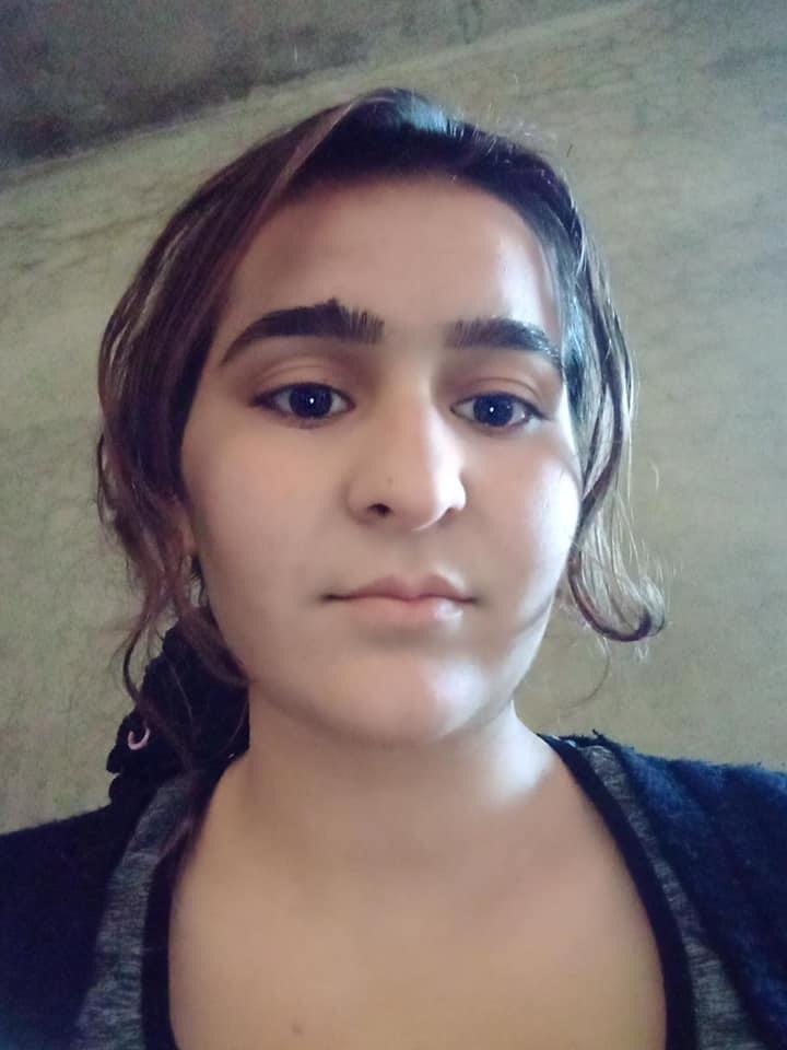 This beautiful yezidi girl has been freed from isis captivity.  #Free Yezidis women  @issa_s7