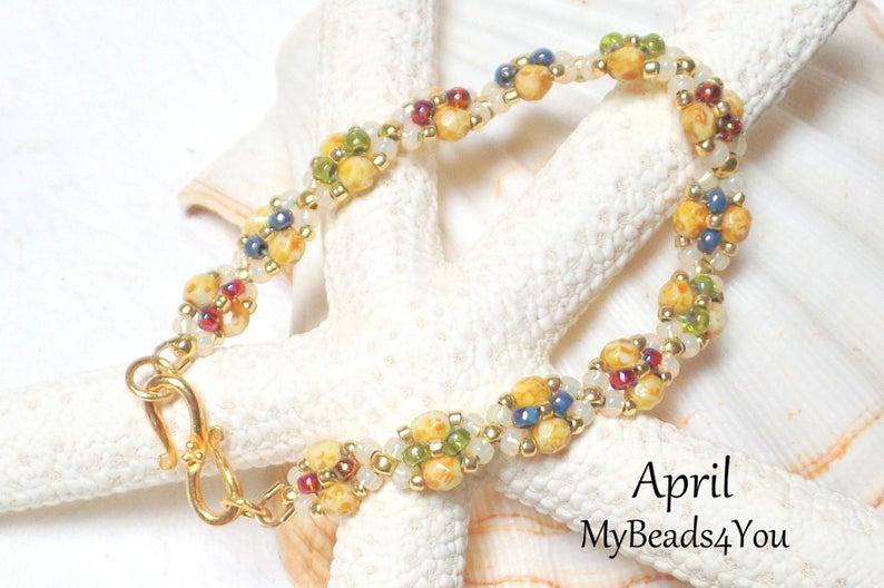 💗 Bracelet   💕Tutorial   #Valentinesdaygift #giftsforher #bracelet #beadwork  #jewely #giftformom #seedbeads #gift  #etsygifts #handmade #craftbuzz #epiconetsy #giftforher #blue #green #red #pearl #etsymntt #bracelet #tmtinsta