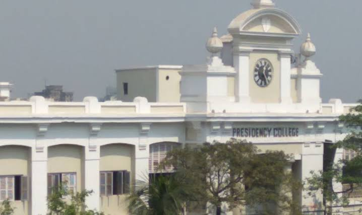 Thank you Presidency College (now Presidency University), Kolkata for giving me the best days of my life. Missing those days with friends, Pramod da's canteen, classes and teachers. Congratulations to all the Presidentians as it completed it's 204th year of foundation yesterday.