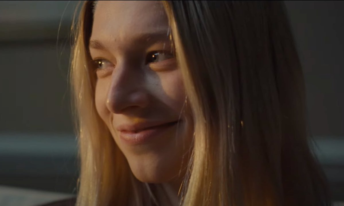 via @mxdwnTELEVISION: 'Euphoria': Hunter Schafer ( @hunters ) Takes Center Stage as Jules in Trailer for Second Special Episode #euphoria #hunterschafer #jules