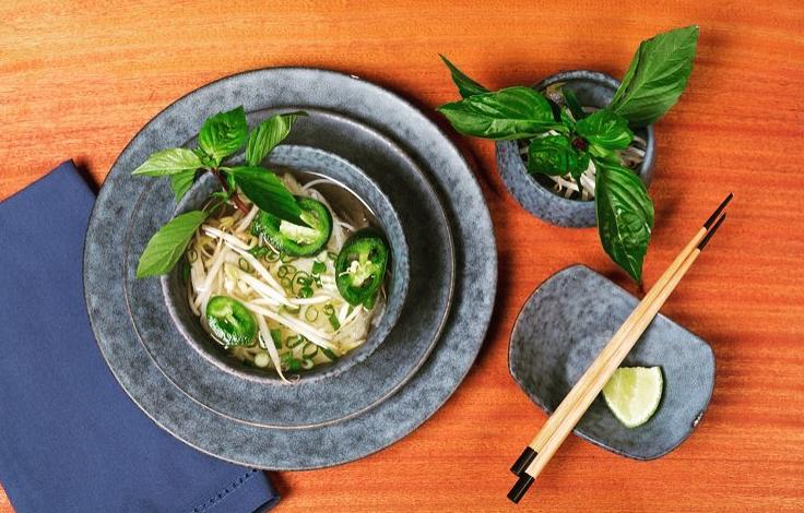Plating- up with BISEKI is elegantly different! 😍 #SimpleElegantAffordable  #chefstalk #chefstalents #instagood #dinnerware #chef #hospitality #restaurant  #porcelain #instafood #chefstagram