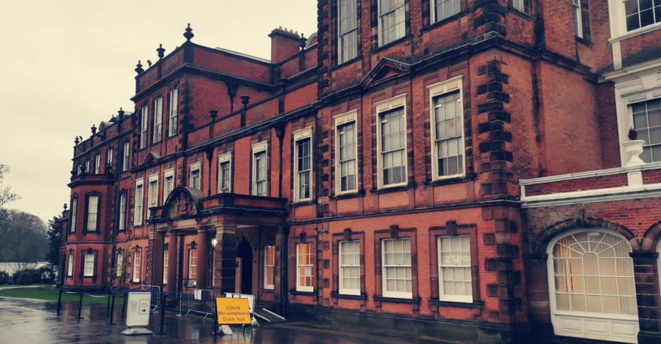#Reminder | The #NoSymptoms mass test centre at our sister building @CroxtethHall is currently CLOSED, but is scheduled to reopen from Thurs 28 - Sun 31 Jan.  More info, including opening times and other test centres, can be found here ➡  ℹ #LetsGetTested