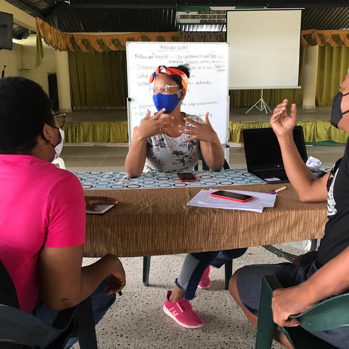 📍En Condoto, Chocó, los y las participantes de #Consonante hicieron parte de un diplomado semivirtual desde finales de octubre hasta diciembre del año pasado.  Entre muchos temas, aprendieron a crear contenidos periodísticos digitales y para redes.📹🤳🏼  #ExperimentosConsonante.