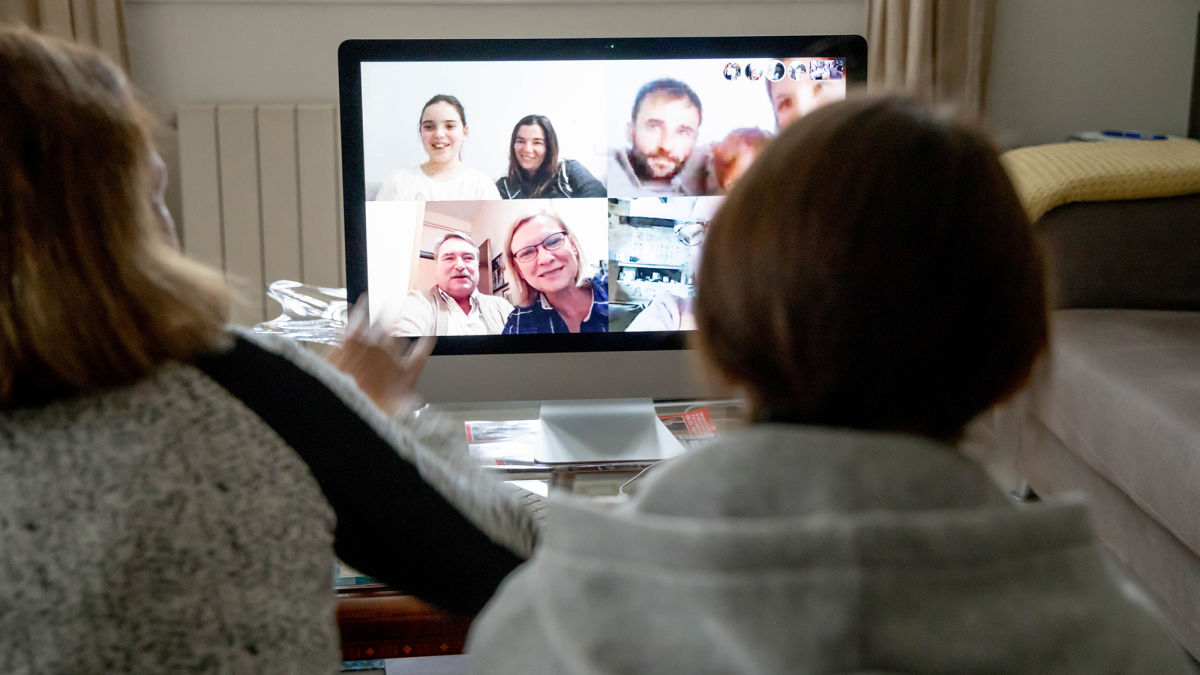 Nation's Relatives Call For Little Zoom Tour Of Your Apartment