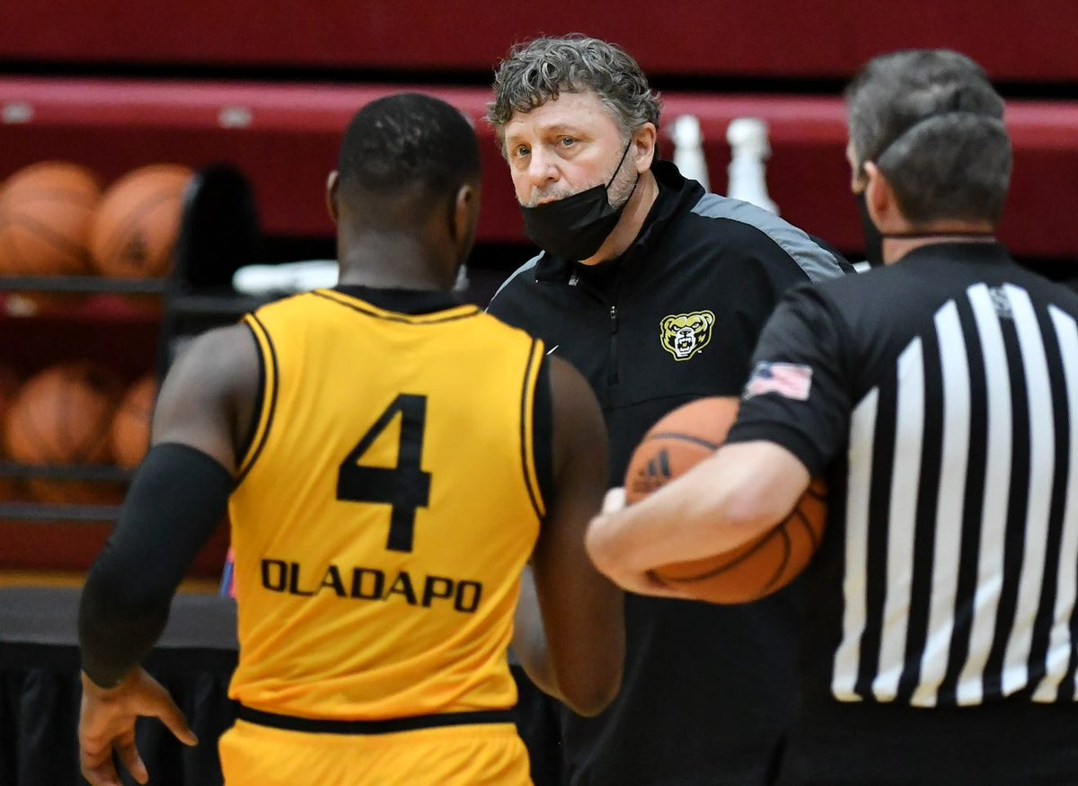 @GoldenGrizzlies and @detroittitans are preparing to play this weekend -- capping a strange, 4-game series.  Neither coach likes it, but it is what is. And for @KampeOU, it's actually his second four-gamer; he once lost 4 times in a year to Wayne State.