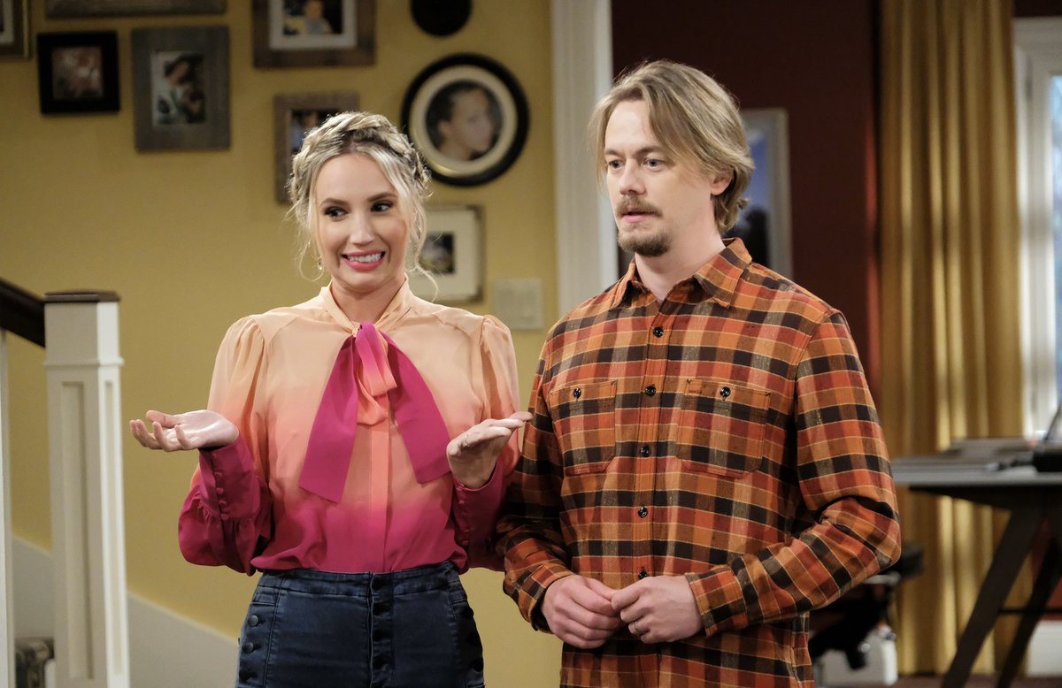 Replying to @mollyjmccook: Literally me 🤷🏼♀️ *TONIGHT. @LastManStanding on @FOXTV*