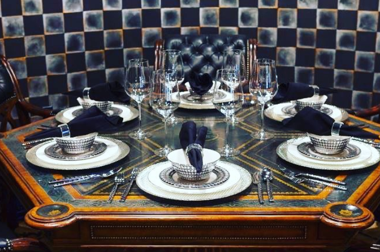 Give your #restaurant #tabletop a makeover with elegant #dinnerware from @TenStrawberrySt . #SimpleElegantAffordable  #porcelain #dinnerware #foodstagram #gourmet #cheflife #inspire #restaurant #tweegram #instadaily #instafood #hospitality #tabletop #chefstalk #dining