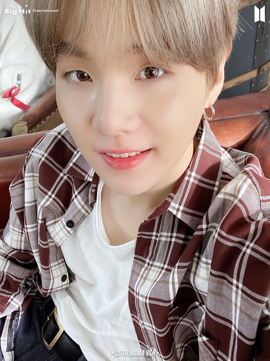 Thank you, Yoongi for all the beautiful words of comfort that you've said, for being my inspiration, for always caring for us. I love you so much, angel. You are so precious and I'm so thankful that you were born.💜💜💜 #8YearsWithSuga  #윤기가_우리의음악이된지_8년  @BTS_twt