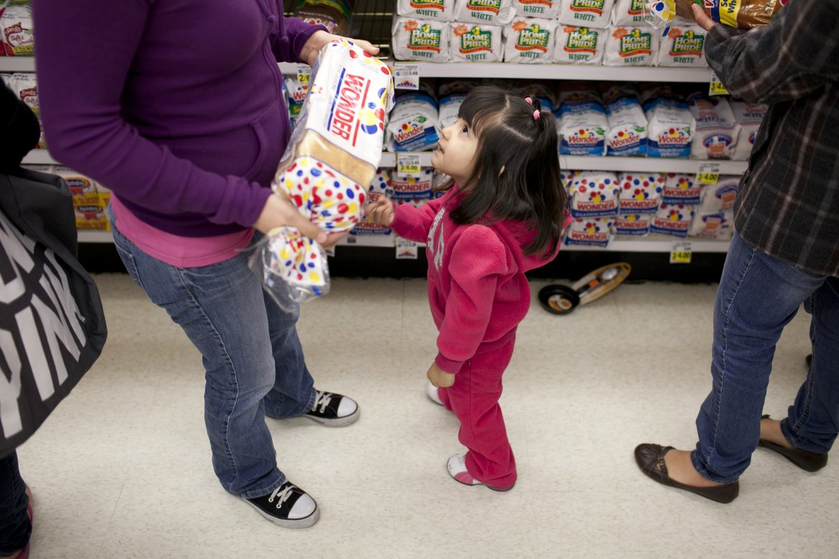 The latest #COVID19 relief package passed in December included a temporary increase to SNAP, which will help millions of kids and families facing extreme hardship. Learn more about how this relief package will help children: