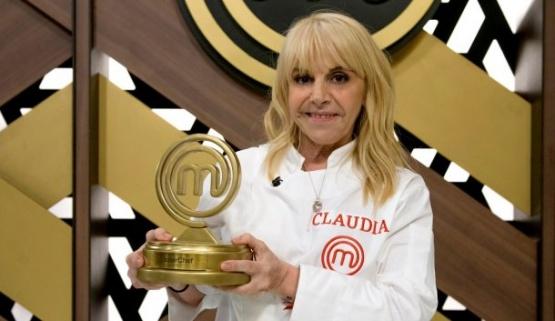 Claudia Villafañe reveló cómo se enteró de la muerte de Maradona  #ClaudiaVillafañe #DiegoMaradona #Muerte