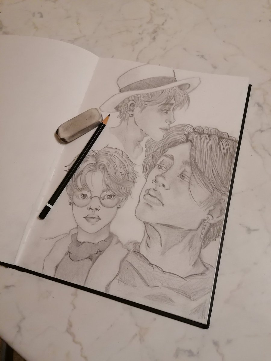 Learning day by day ... I'm trying  #drawingsketch #drawing #drawing #drawoftheday #jimindrawing #jimin #jiminfanart #bts #btsdrawing #love #music #exercise #그림  #지민 #지민 #지민