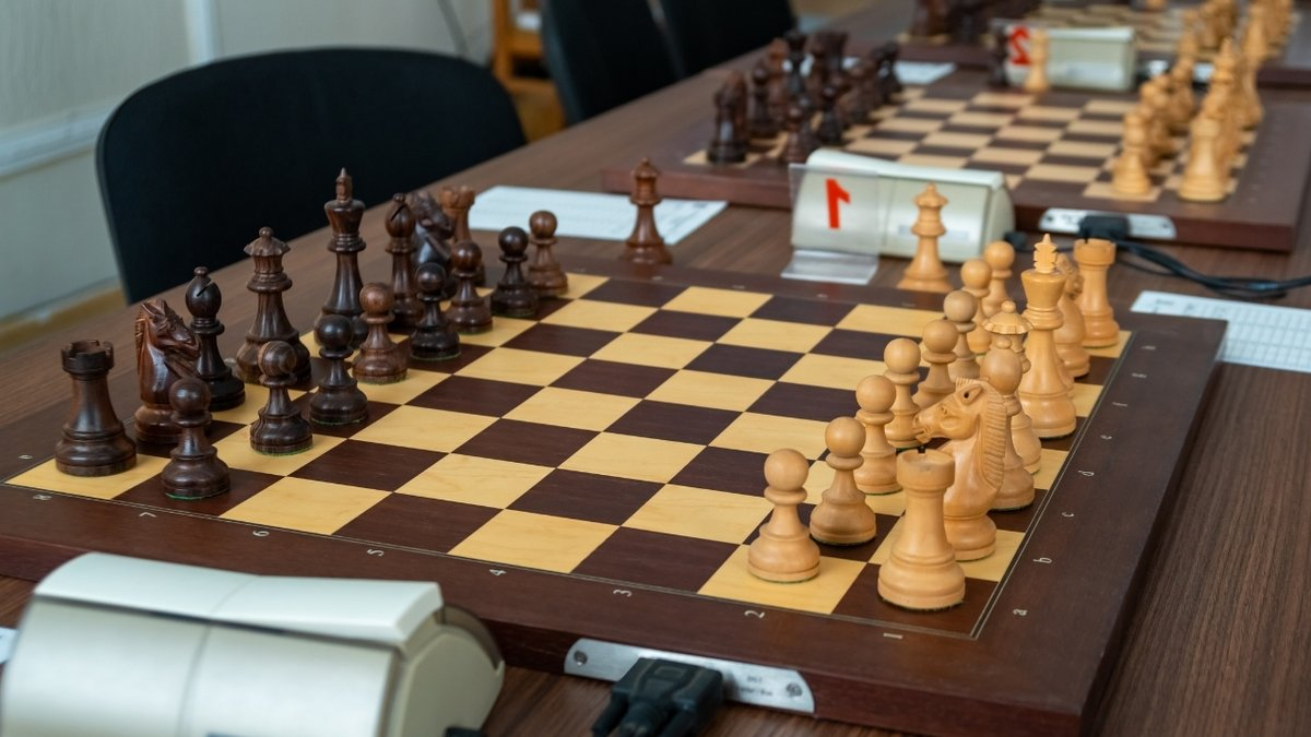 test Twitter Media - ⛑️ FIDE allocates € 100,000 to help holding open tournaments in 2021.  Acknowledging the importance of supporting over-the-board events during the crisis, FIDE has approved the initiative from the Global Strategy Commission.  Details: https://t.co/kKWSOsHcwp  #chess #FIDE https://t.co/SWV4q2okhv