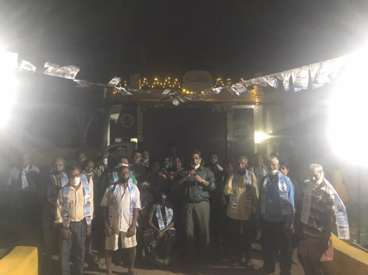 Goenkars participated in the #VeezAndolan movement and joined the Aam Aadmi Party to bring a honest and clean government that will work for them.  Today pic of corner meetings at Chapora, Cumbharjua, Ambaulim