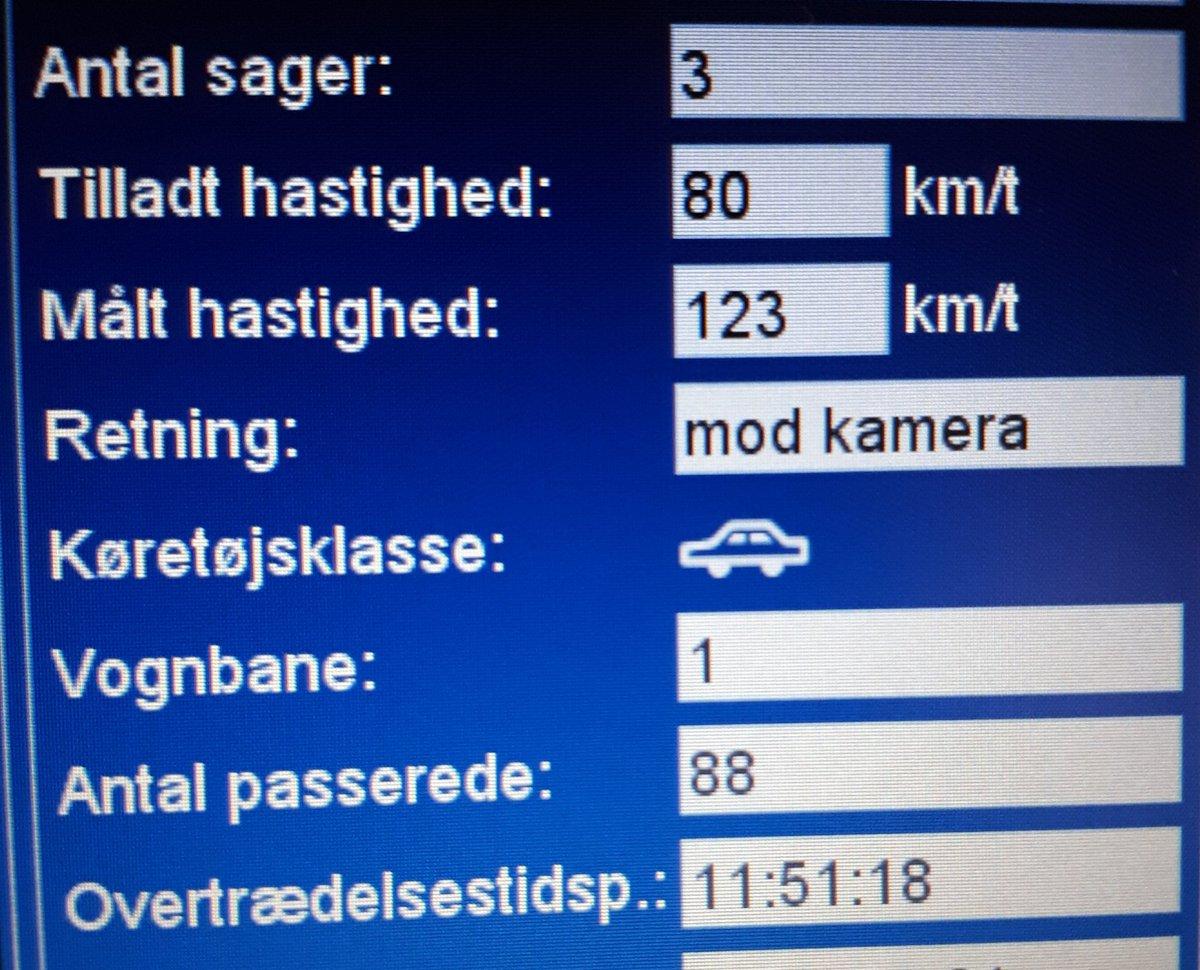 ATK måling på Varde Landevej øst for 7200 Starup. 12 kørte over den tilladte hastighed på 80 km. heraf 2 klip 123 - 114 km/t. #atkdk #politidk https://t.co/BpiX83UZtN