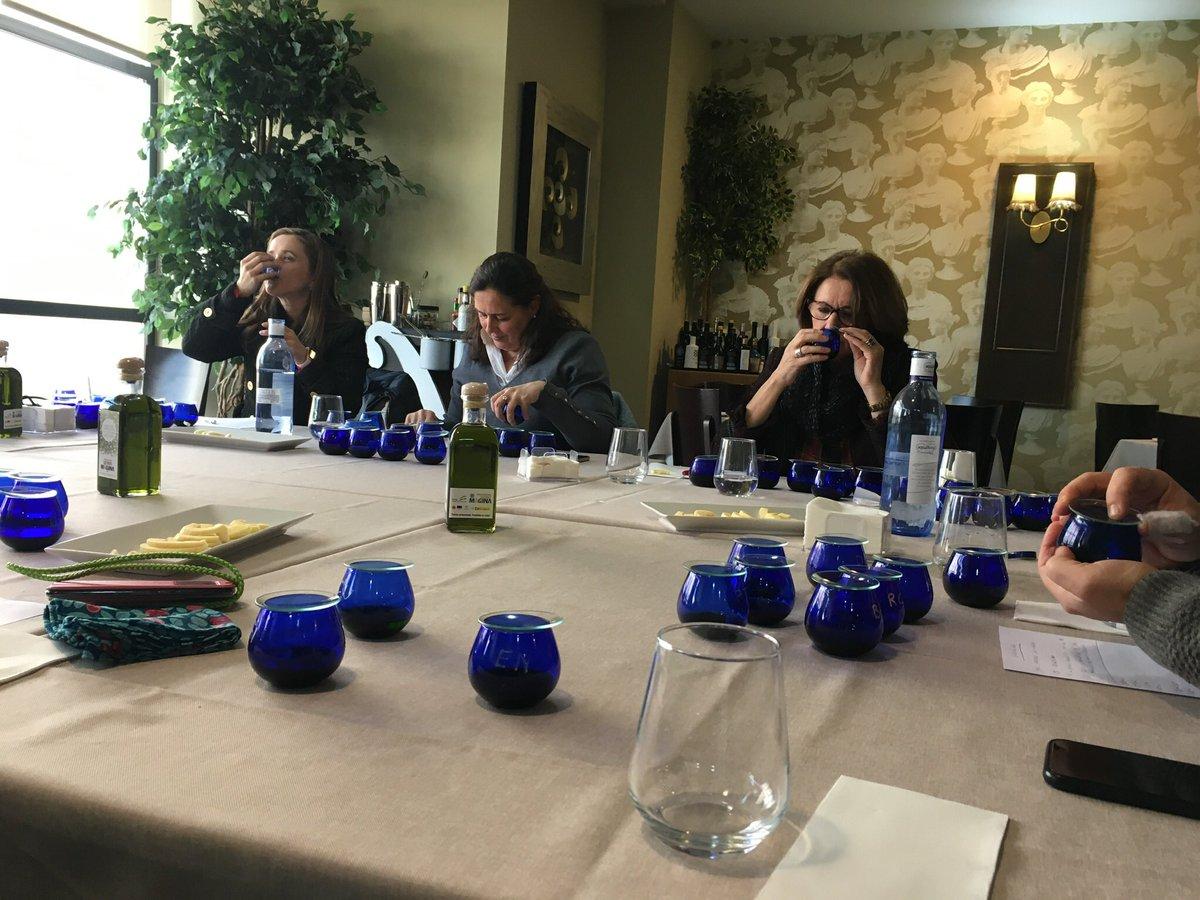 test Twitter Media - Mañana viernes realizaremos la cata para elegir los Premios Alcuza 🏆 a los mejores #aoves de esta campaña en Sierra Mágina Se elegirán por un jurado de expert@s y retransmitiremos el anuncio  a partir de las 13:30 por nuestro facebook https://t.co/hKNtEydP8l