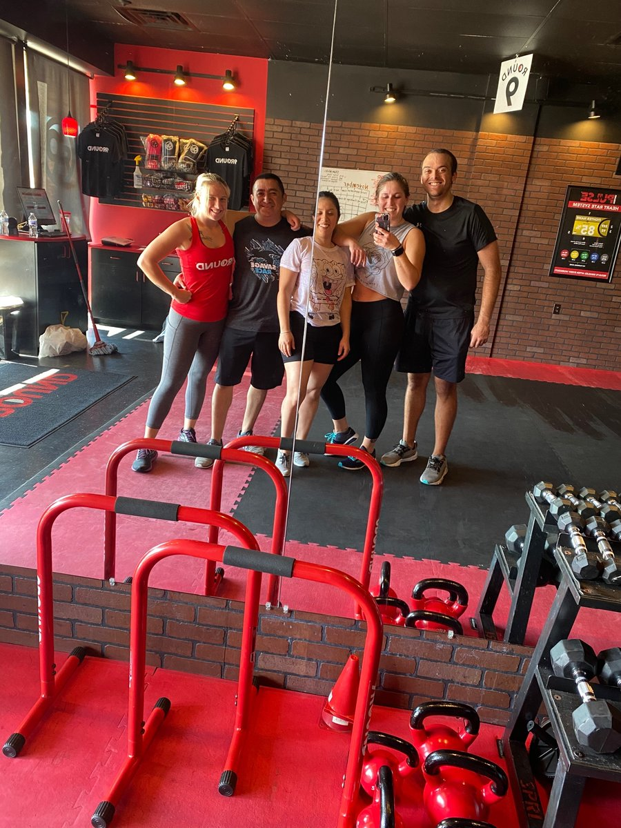 #ThrowbackThursday to group photos! At least we can still do *socially distanced* group workouts! #Ilovemygymcrew