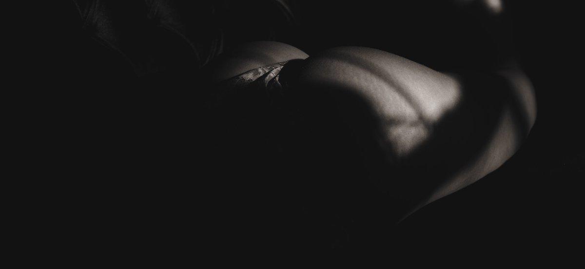 Model: Anonymous  #model #modeling #photo #photography #art #beautiful #nudeart #photoshoot #portrait #bw #bwphoto #bodyscape