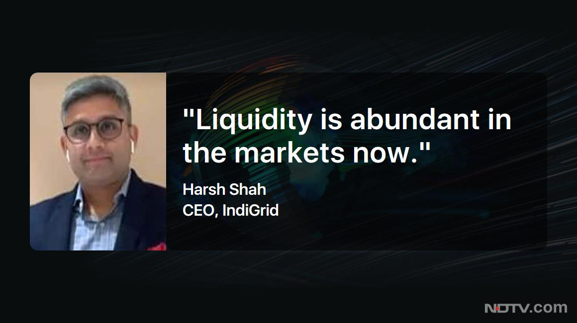 """#LeftRightCentre 