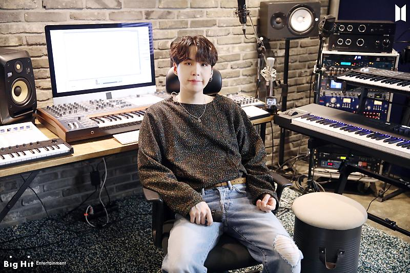 Thank you for your hard work baby🤍🤍 I Miss you so much! #8yearswithSUGA #윤기가_우리의음악이된지_8년 @BTS_twt