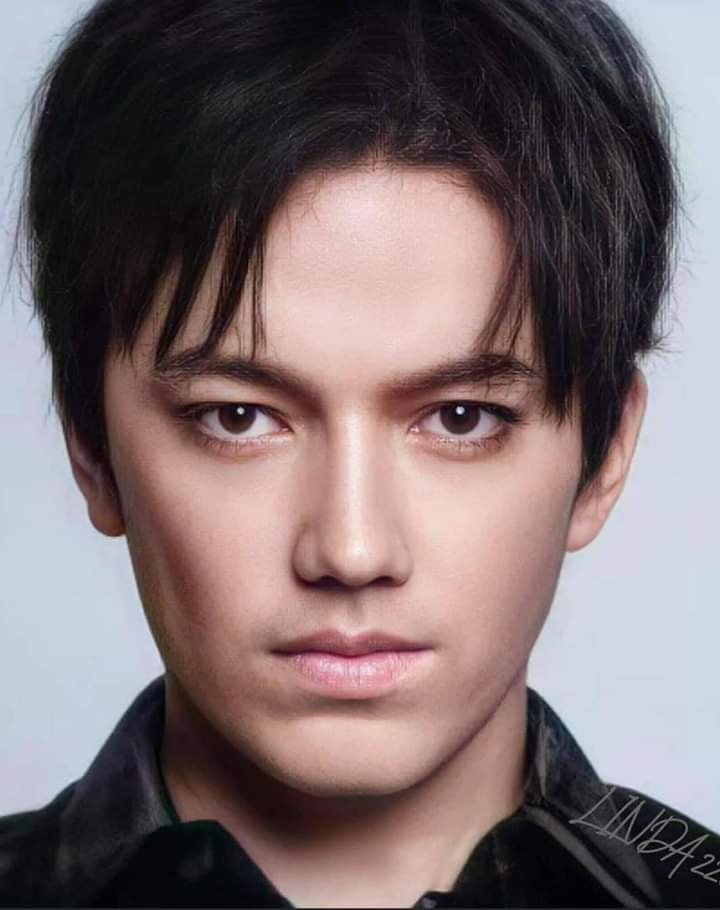 Replying to @PDear152: @MTV @KevanKenney REQUEST @dimash_official on @MTV for the #FridayLivestream  😎 #DimashOnMTV