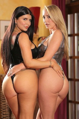 Two for one—count us in! @Romi_Rain & @ImBrettRossi in Lesbian Roommates 👉🏼https://t.co/bh8U5g2no6. 👅✂️✂️💦#ThursdayThoughts
