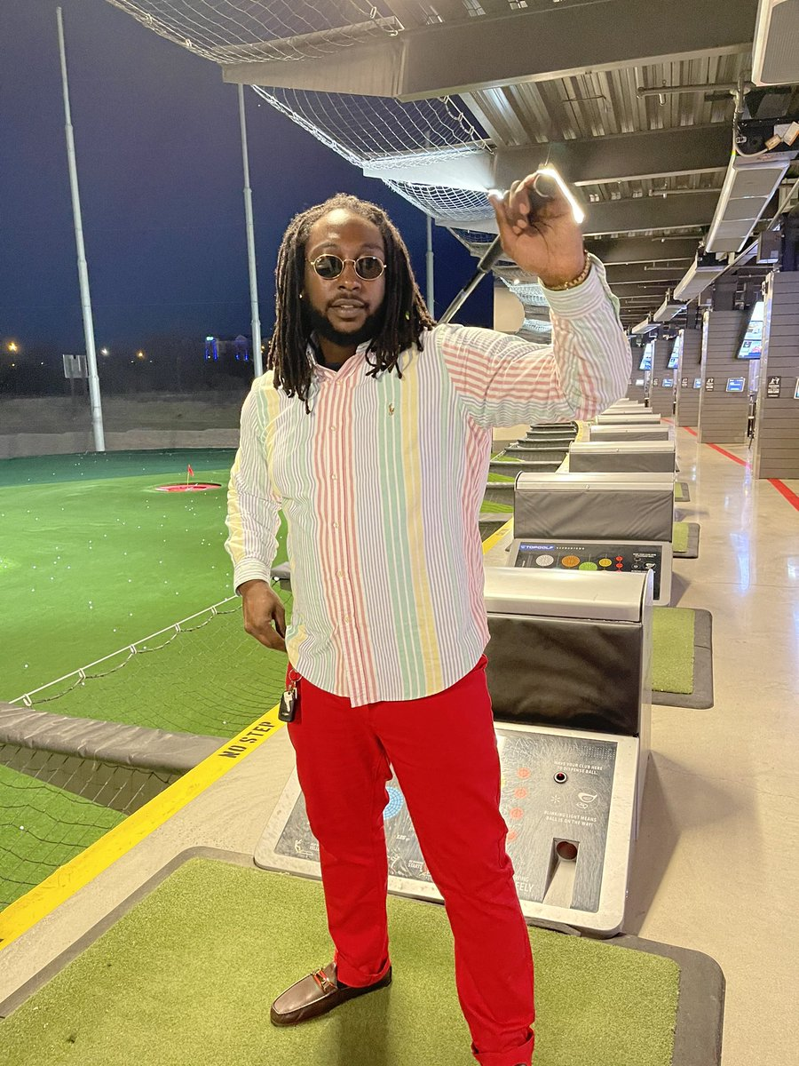 Out here looking like #tigerwoods 🔥  #golf #dmv #topgolf #fashion #swag #dreads #producer #fun #thursdayvibes