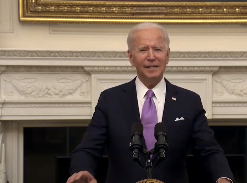 The experts say that by wearing masks from now till April, we can save more than 50,000 lives. So I am asking every American to mask up for the next 100 days: US President Joe Biden  #COVID19