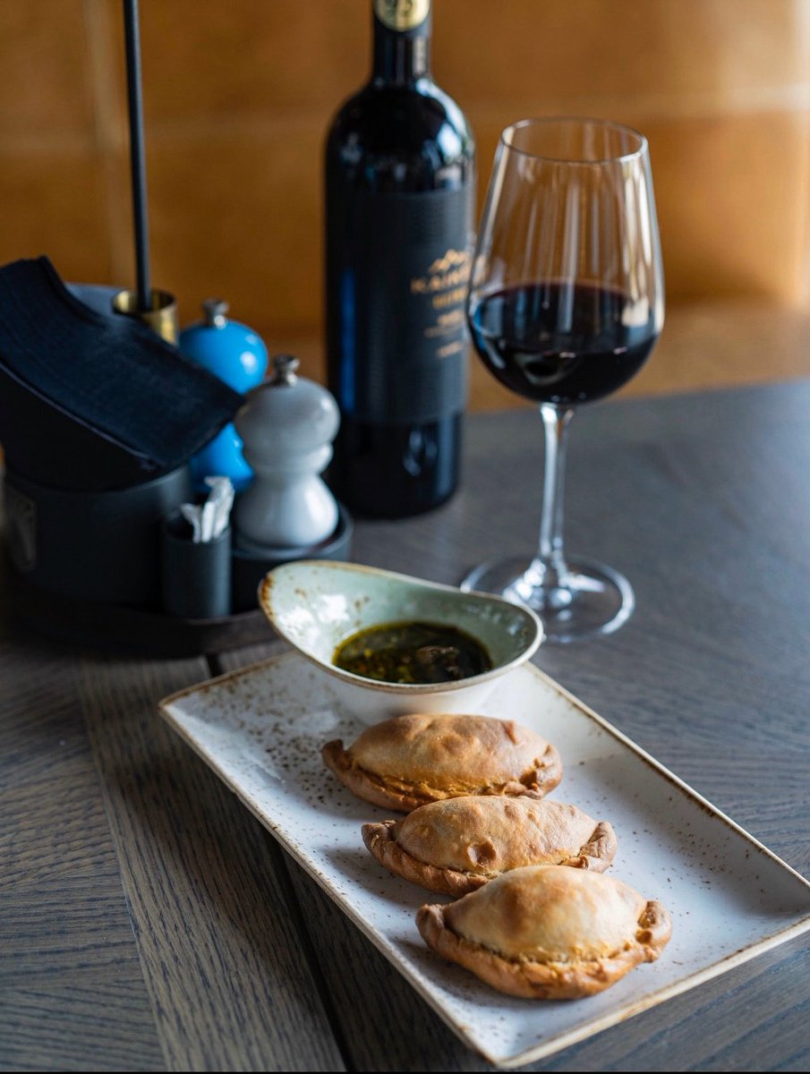 Amigo, have you already tried the dishes from our new menu?🥰 ⠀ We are sure, that Argentina seems to be closer with our Empanadas de Carne, so you should try them🔥 ⠀ #ArgentinaGrill #dubai #dubaipalm #lamer #palmjumeirah #thePointe #ArgentinaGrill_Dubai  #LaMer_Dubai