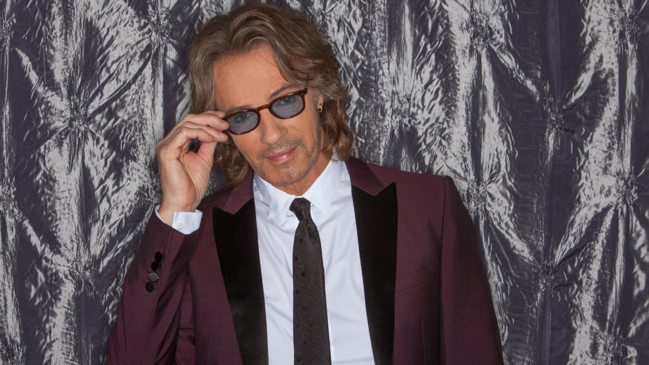 Does your daily routine have you feeling like a Working Class Dog? Unwind with @rickspringfield every Friday night for his new show 'Working Class DJ' on '80s on 8. Learn more: