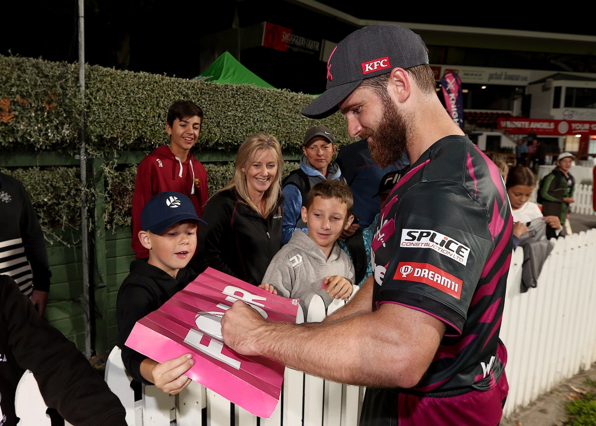 Which player can you remember lining up to get a signature from? #SuperSmashNZ #CricketNation