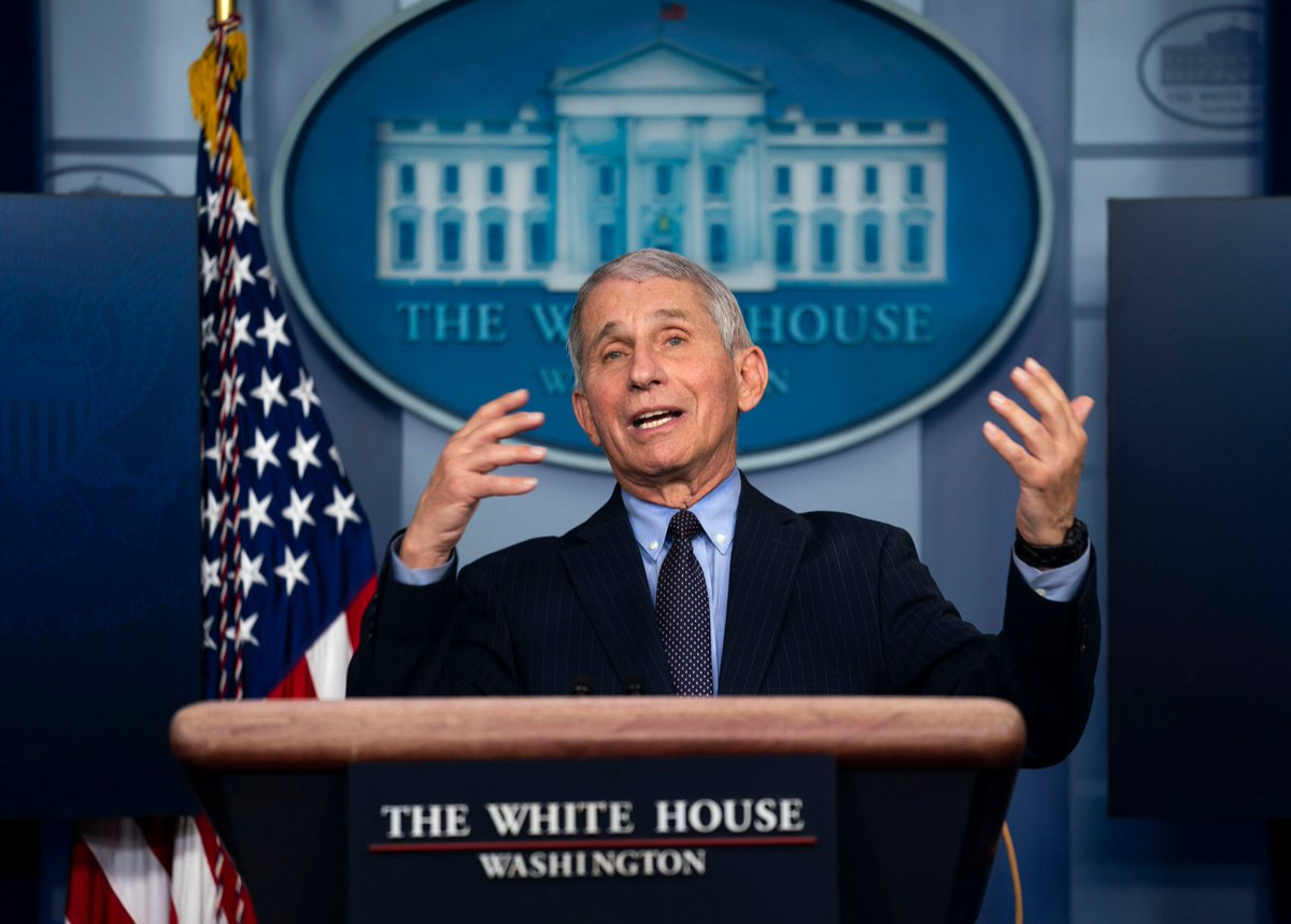 Replying to @dougmillsnyt: Dr. Anthony Fauci briefs reporters at the White House.