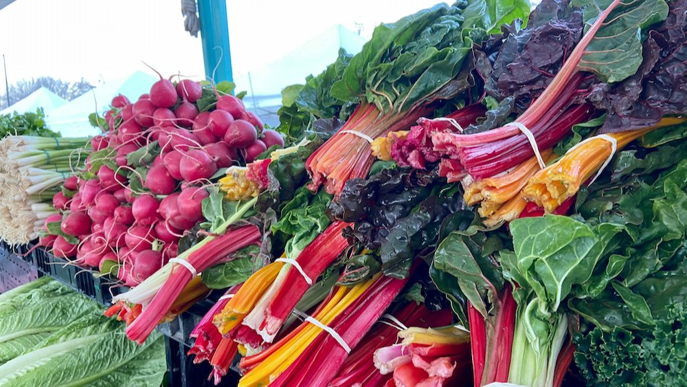 January 2021 is off to a great start for the Napa Farmers Market! Shop and support our farmers and small business vendors every Saturday from 8 a.m. to 12 p.m. in Downtown Napa. Find out who's at the market this week: https://t.co/1vf13Jgbfi https://t.co/QDZQhy3NSv