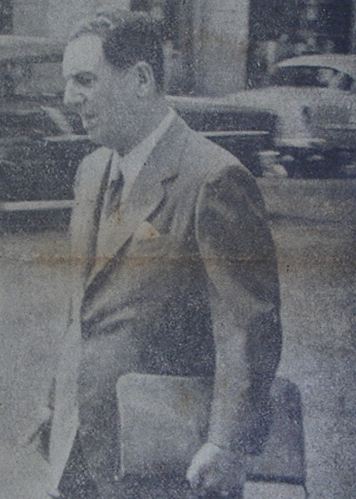 Debía esta imagen del Gral. Juan Domingo Perón (ex presidente de Argentina), en San Cristóbal, el 27 de diciembre de 1956. (Tomada del diario La Hora de SC) https://t.co/hpwUFgfZYY