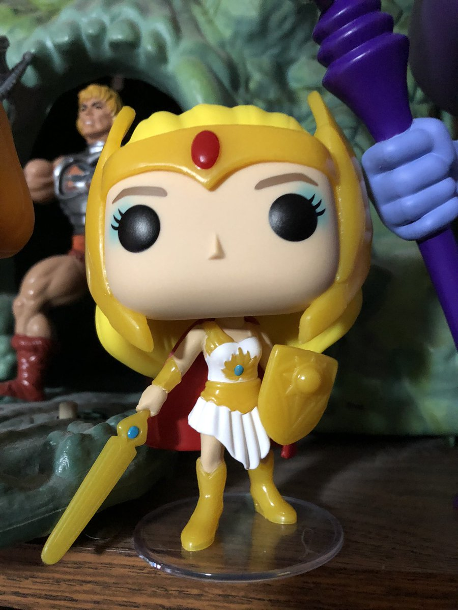 Picked up a glow in the dark She-Ra to add to my collection of MOTU Funko Pops. Also go a DIY Pop for the hell of it😉 #HeMan #SheRa #MastersOfTheUniverse #toys #actionfigures #FunkoPops